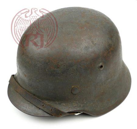 m35-concrete-cement-camouflaged-helmet-water-2