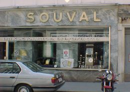 souvals-shop-in-vienna-photo-dated-2003-display