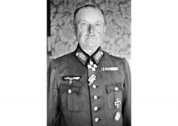 Generalstabsartz und Sanitatoffizier Walther Kittel-display